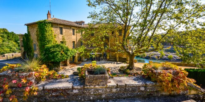 French Home in provence by Kirk F - Public Domain